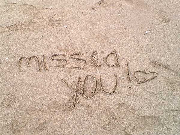 I-miss-you-facebook-profile-WhatsApp-DP-2015