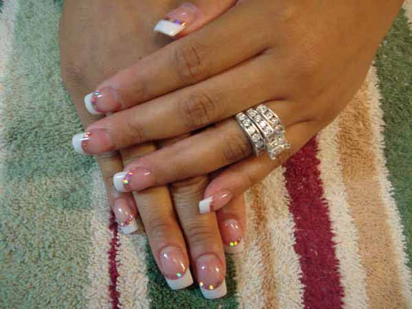 Outline Acrylic Nail Designs