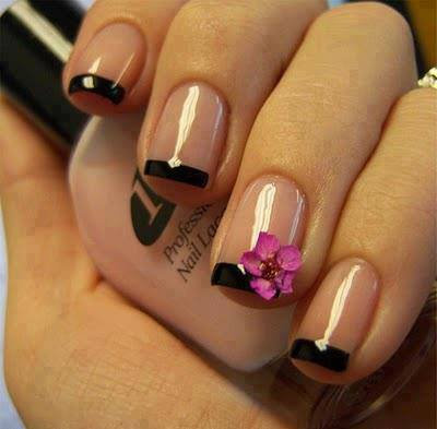 Very-Simple-Nail-Art-Designs-for-Beginners