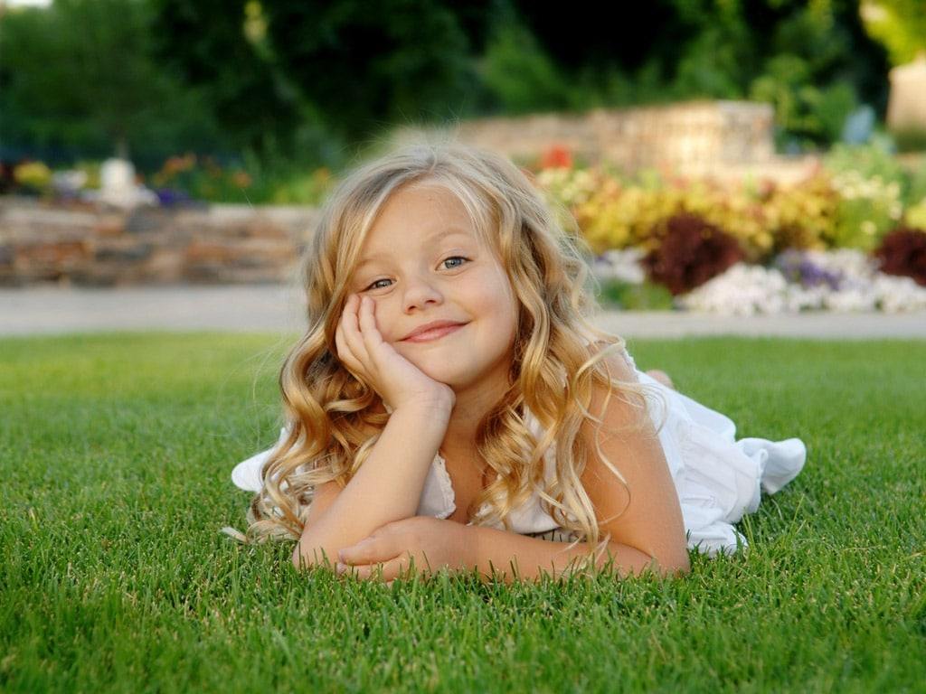 cute-baby-girl-images-sweet-baby-girl-pics