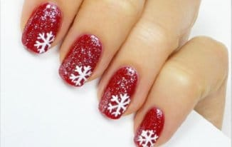 Snowflakes for Christmas - Best Christmas Nail Art Ideas and Designs -7 Simple Yet Attractive Christmas Nail Art Ideas for Holidays